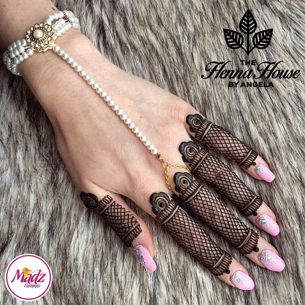 Gold Hand Piece , Hand Harness – Hennabyang Pearl Chain Bracelet – Madz Fashionz UK
