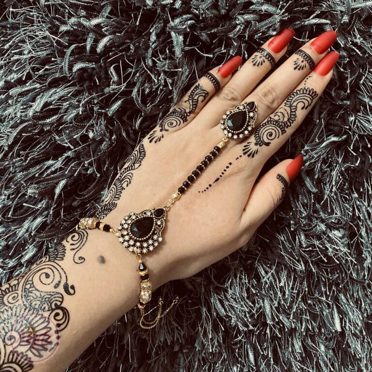 Black hand chain , Slave bracelet , Bridal hand piece - Madz Fashionz UK