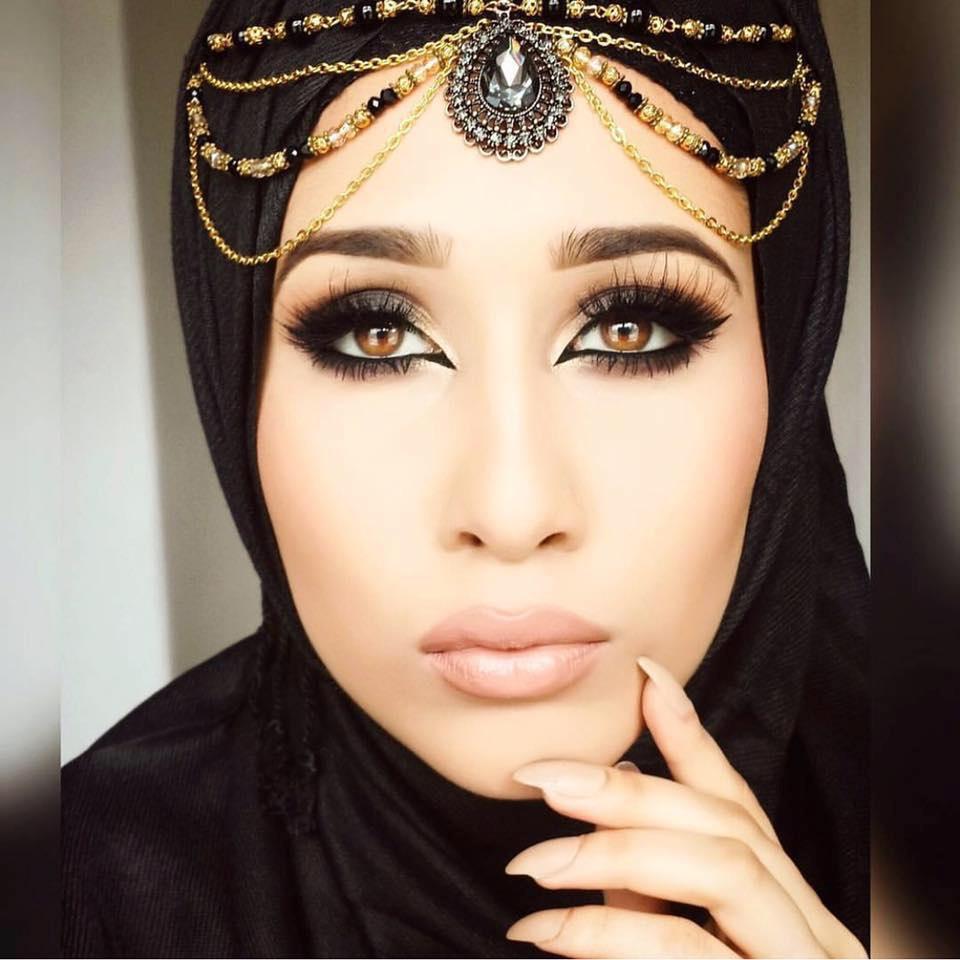 Bridal Matha Patti Headpiece Headpiece Silver White Bridal Tikka headpieces maang tikka Eid, Muslims, indian jewellery, Jewellery, Pins, Pin, Muslimah, Arab, Pakistani, Pakistan, Bangladeshi, Bangladesh, Hijabstyle, Fashion weddings