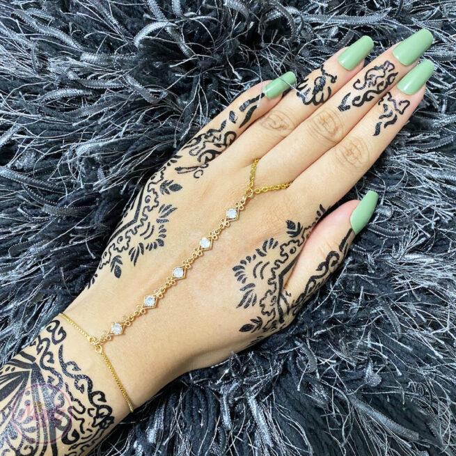 Gold White Hand Chain , Dainty Hand Jewelry , Finger Ring Bracelet , Ring Chain Bracelet , Hand Bracelet , Gold Bead Bracelet , Christmas Gift , Hand Ring Bracelet , Gold Crystal Chain Bracelet, Attach Ring Bracelet, Bridesmaid Gift , Zaniah hand harness